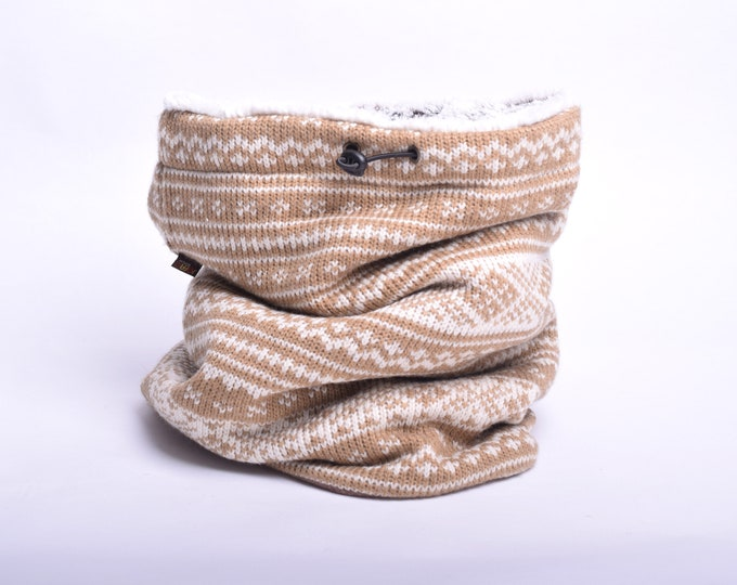 Outlet -  nordic wool knit cowl scarf with soft faux fur lining, hooded cowl