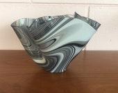 Vintage 1950s Handblown Mid Century Modern Handkerchief Glass Vase
