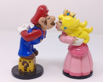 Mario Cake Topper - Mario and Peach Bride and Groom Wedding Cake Topper - Gaming Wedding Cake Topper - Prince and Princess Royal Wedding