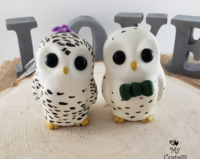 Cute Cartoon Owls - Owl Wedding Cake Topper - Cute Snowy Owls - Owls in Love - Wild Bird Cartoon Sculpture - Wedding Centerpiece