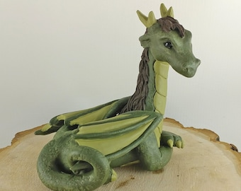 Sitting Dragon Sculpture - Dragon Wedding Cake Topper - Mythical creature sculpture