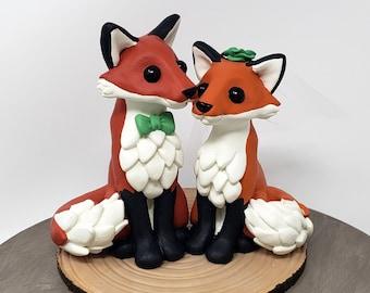 Cartoon Fox Bride and Groom - Red Fox Wedding Cake Topper - Woodland Wedding - Wild Animal Wedding - Fox Wedding Centerpiece - Engagement