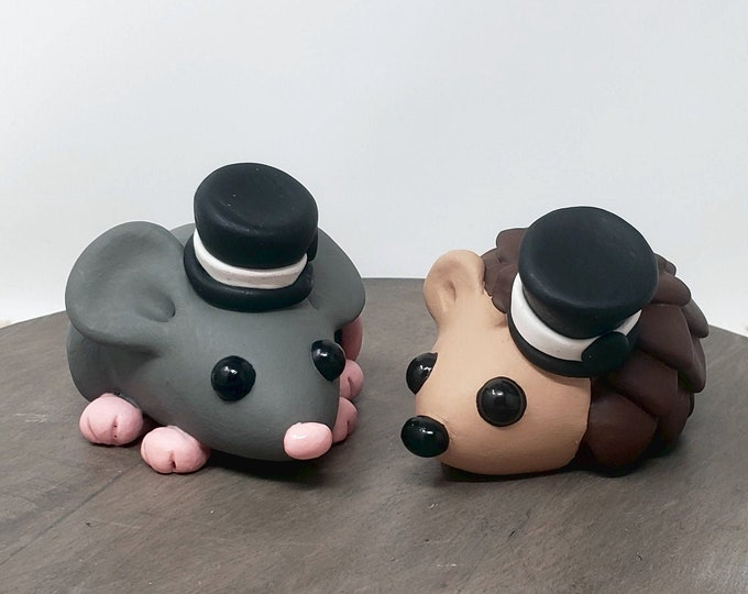 LGBTQ Cake Topper Figurine - Gay Mouse and Hedgehog Wedding Sculpture - Cute Pick your Colors - Pet