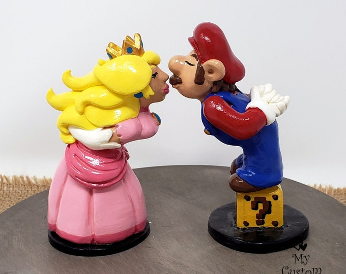 Mario and Peach Wedding Cake Topper - Prince and Princess - Custom Gaming Wedding - Digital Love - Anniversary Gift - Engagement Present