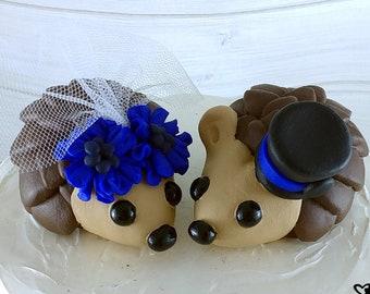Hedgehog Wedding Cake Topper with Cornflowers