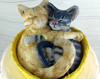 Cat Cake Topper Sculpture - Realistic Wedding Cats in Basket