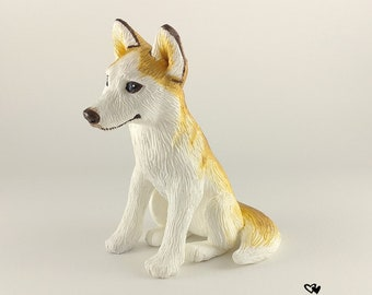 Husky Sculpture - Realistic Dog Figurine - Blonde Husky Wedding Cake Topper - Pet Portrait