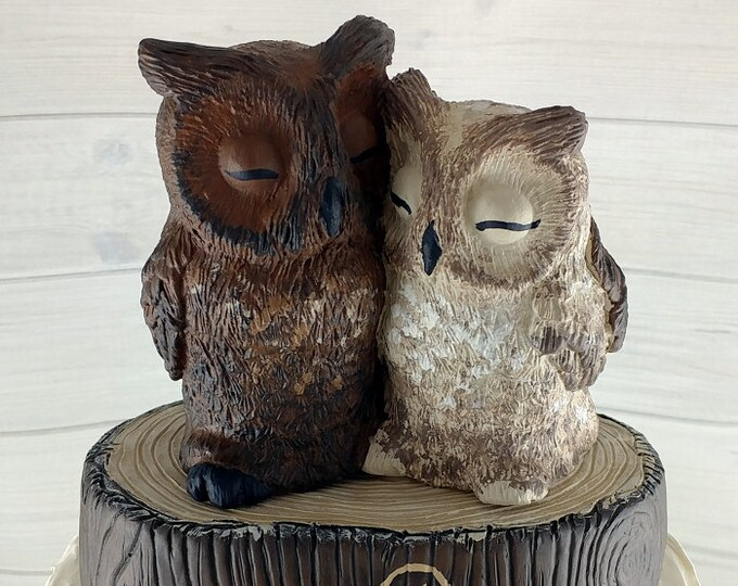 Great Horned Owl Wedding Cake Topper - Custom on a Stump