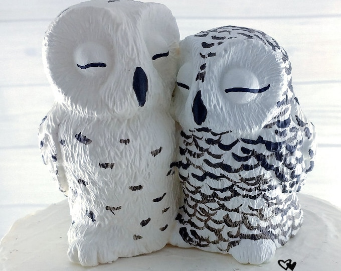 Snowy Owl Wedding Cake Topper - Cuddling