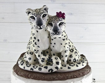 Snow Leopards Wedding Cake Topper - Realistic Cuddling Wild Cats