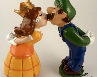 Luigi and Daisy Wedding Cake Topper - Prince and Princess Super Mario