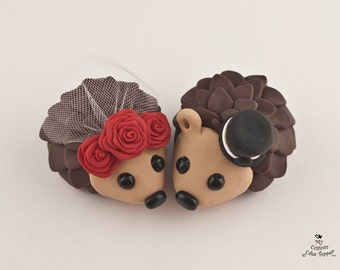 Hedgehogs Wedding Cake Topper with Roses