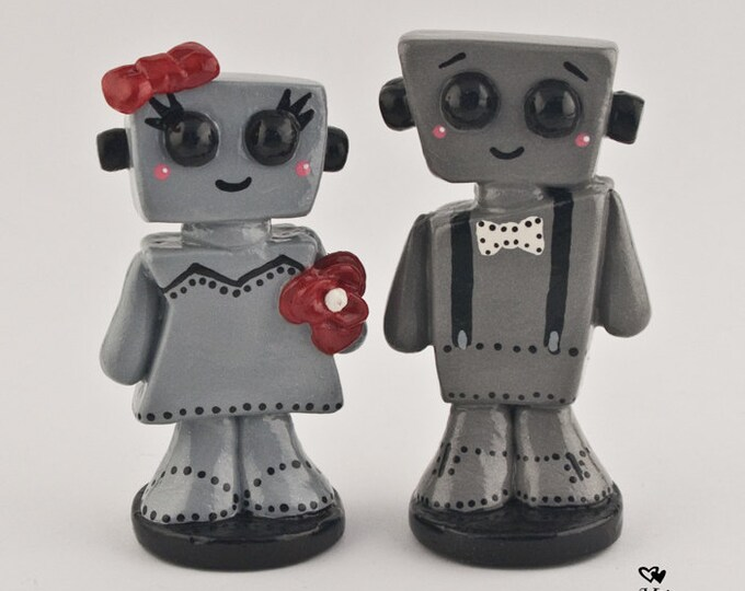 Love Bots Wedding Cake Topper Bride and Groom Cute Kawaii