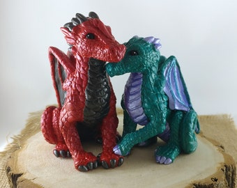 Cuddling Dragons Wedding Cake Topper - Realistic Dragon Bride and Groom