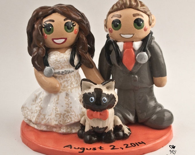 Bride and Groom with Pet Wedding Cake Topper