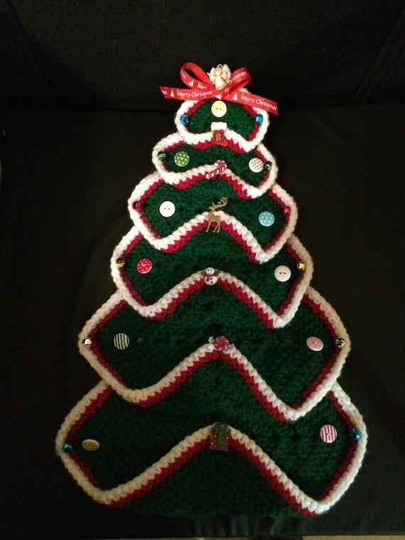 50/% OFF Old Fashion Granny Square Christmas Tree GreenWhite