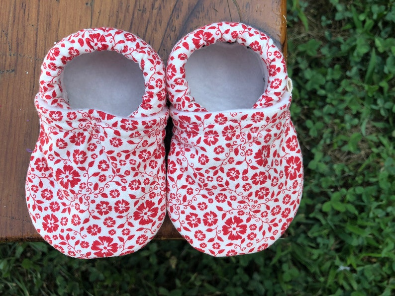 Baby Shoes  Red Floral on Cream Fabric  Custom Sizes 0-24 image 0