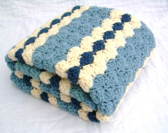 Crochet Baby Blanket, Baby Blanket, Crochet Blue Baby Blanket, Blues and Cream, travel size