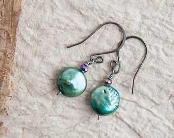 Green Pearl Earrings, Green, Pearl Earrings, Freshwater Pearl Earrings, Small Earrings, Gift for Mom, Bridal Earrings, Green Wedding