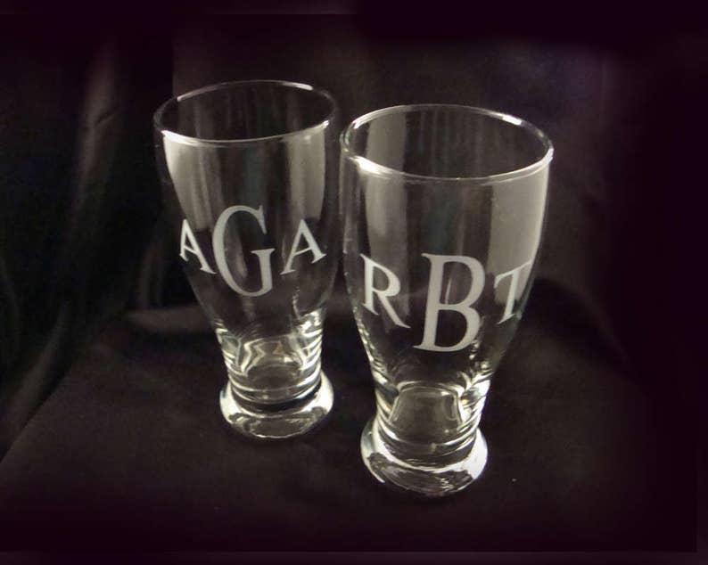 Etched Beer Glass Monogrammed Glass Groomsman Gift Best Man Gift Personalized Monogrammed Pilsner Glasses Set of 2 Etched Pilsner