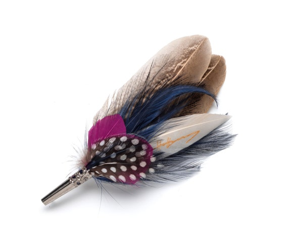 Pink Navy /& spotty feather grooms button hole or hat brooch pin