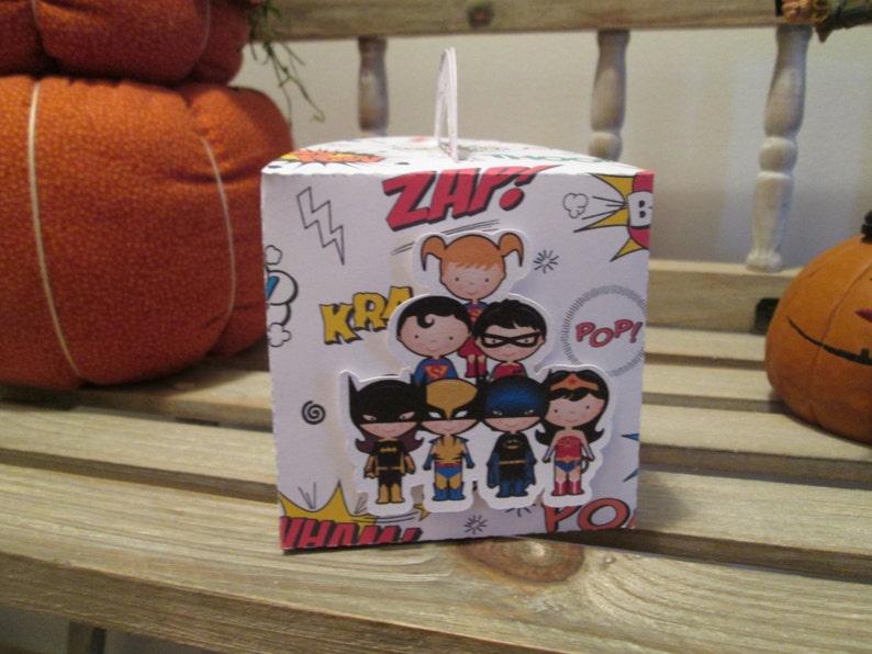 Superhero Cupcake Box with insert Set of 12