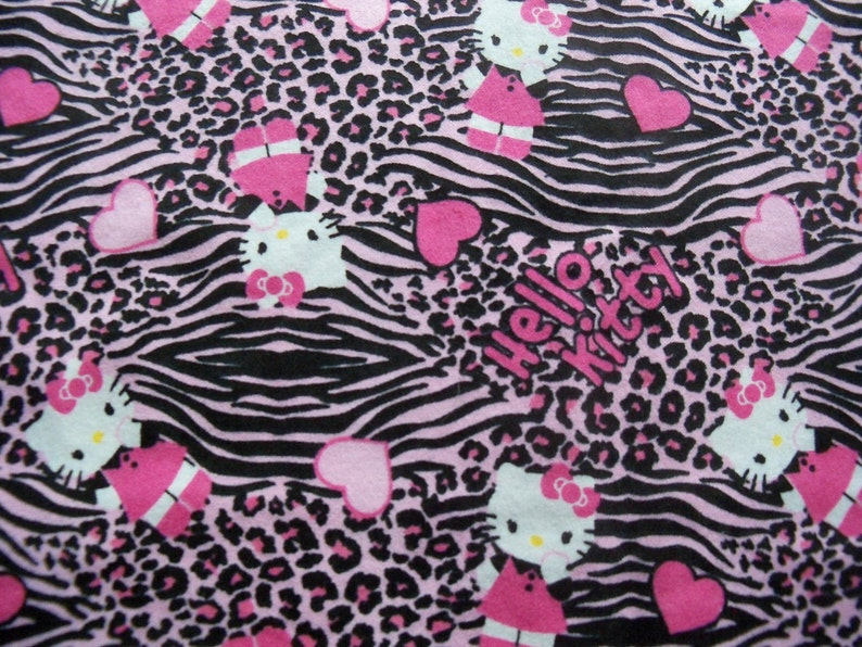 Refillable Catnip Mat Hello Kitty Hearts