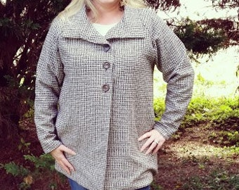 The Esplanade Coat for Women pdf sewing pattern by Seamingly Smitten, coat pdf sewing pattern for women, jacket pdf sewing pattern