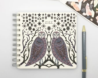 Starry Owls 2022 Diary - Mid Year / Yearly Format