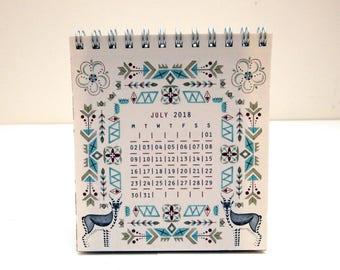 Mini 2018 Patterns Desk Calendar