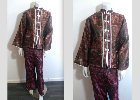 Unusual Vintage 1940s Two Color Chinese Pajama Set