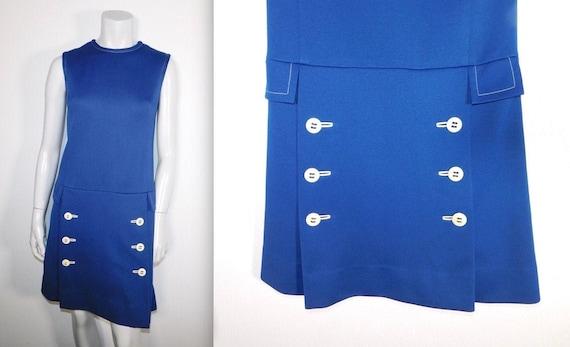 Cute Nardis of Dallas Vintage Mod 60s Navy Blue Do