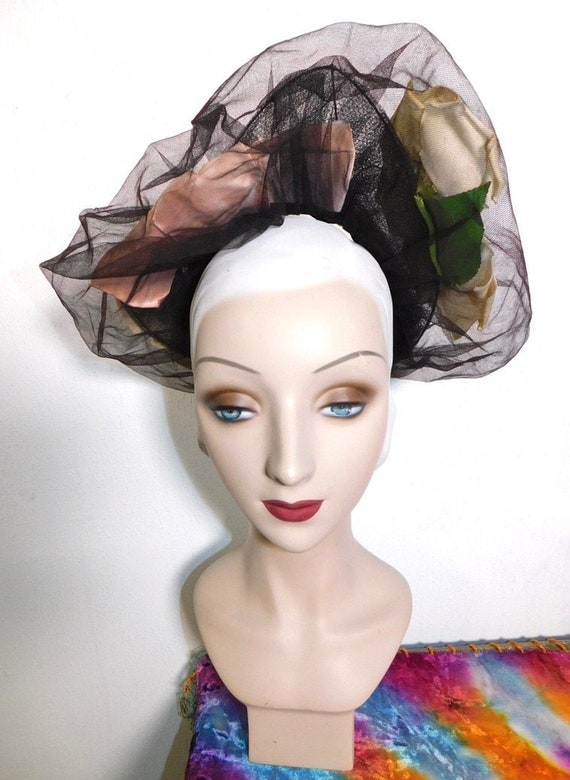 Vintage Late 40s Tulle & Mesh Open Crown Hat w Ros