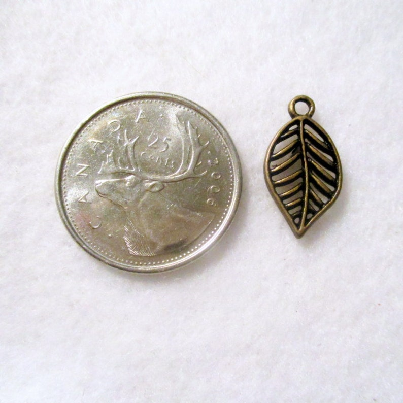 19x10 Leaf Charms Charms 20 Leaf Antique Bronze Filigree Charms Jewelry Making Supplies  G1507