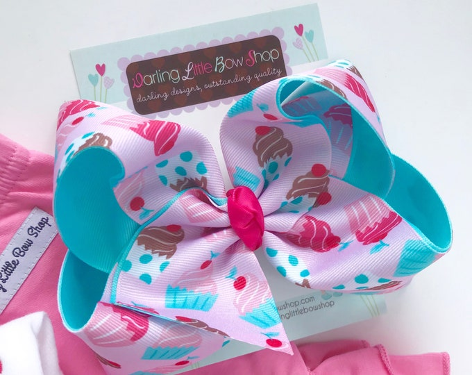 """Cupcake Bow, Cupcake hairbow in pinks and aquas - choose 4-5"""" or 6-7"""""""