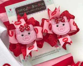 Valentine Bows -- Hogs and Kisses --  Pig hairbows, Pigtail Bow Set for Valentines Day