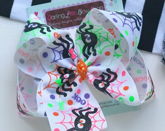 "Spider Hairbow for Halloween - choose 4-5"" or 6"" bow"