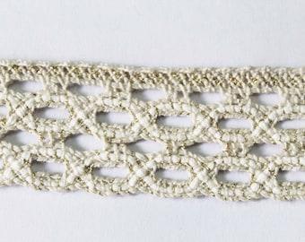 Gold + Offwhite bobbin lace, vintage austrian
