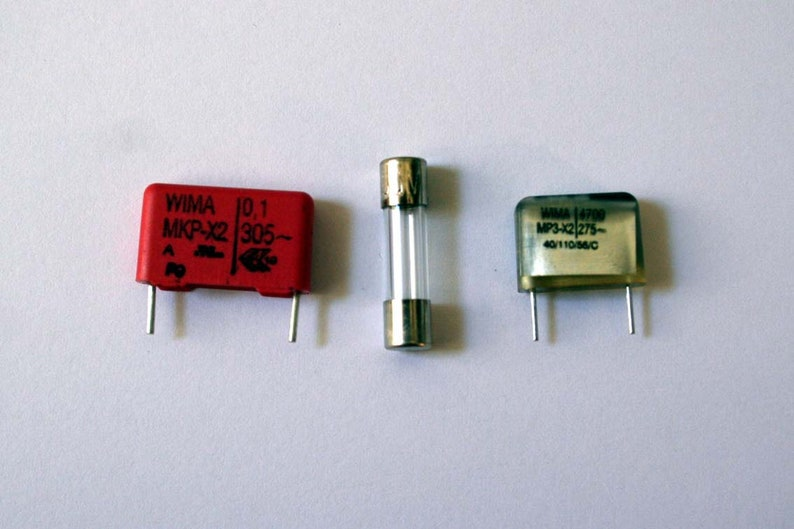 Capacitors and Fuse for Brother Knittingmachines KH image 0