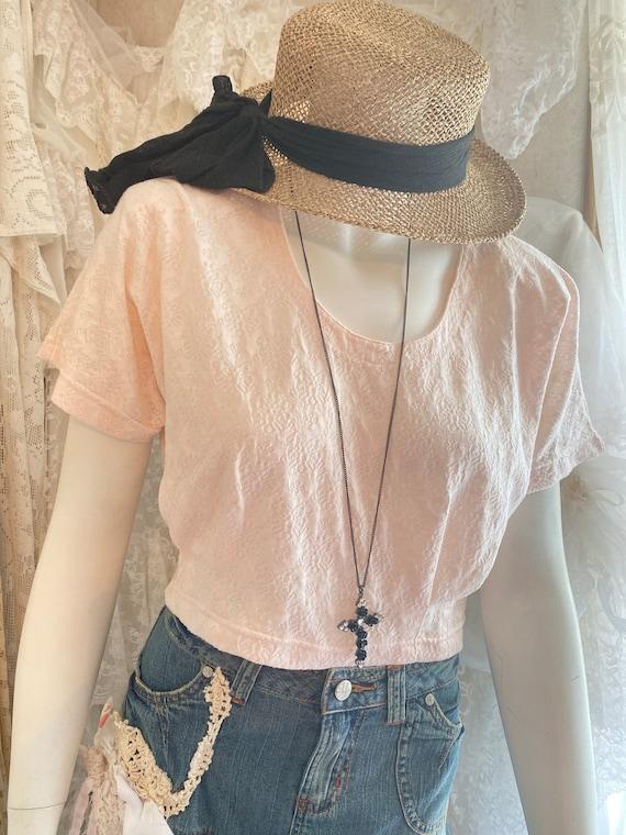 Vintage clothing, vintage tops, crop tops, peach c