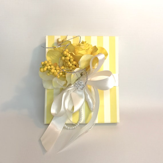 Yellow and White Girly Gift Box Favors Jewelry Gift Cards Mothers Day Bridesmaids, Handmade, Decorative Boxes, Gift Certificates, Birth