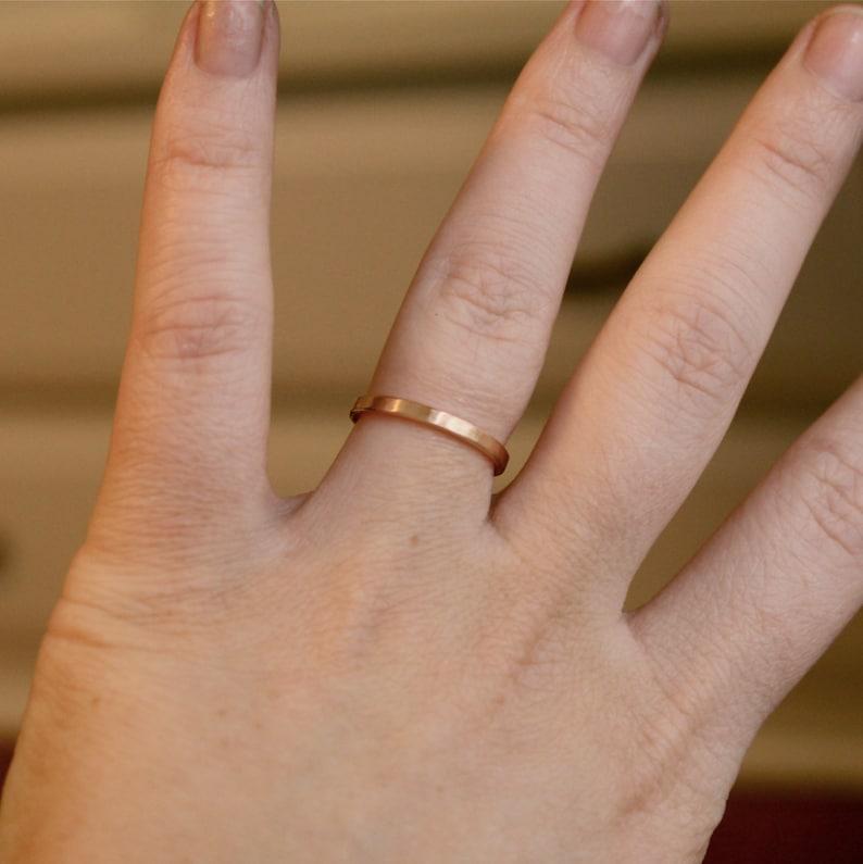 1.5mm 18K Band Flat Edge Wedding Band 18K Solid Gold Ring