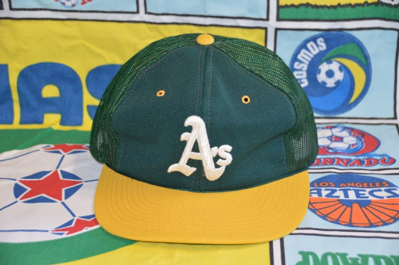d8113059d Vintage 1980's Oakland A's Sports Specialties Snapback!!! Athletics MLB  Baseball Trucker Hat!!!