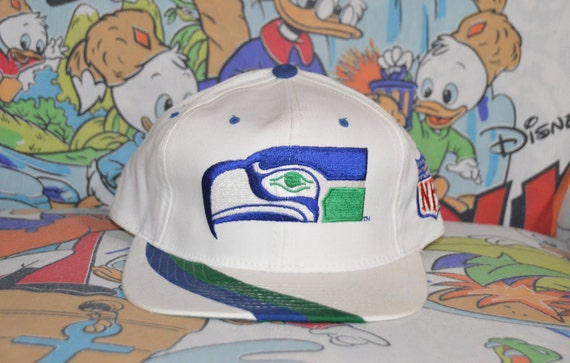 Vintage 1990's Seattle Seahawks Starter Plain Log… - image 1