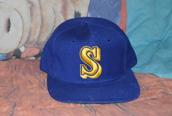 ef9156a26e46c ... sport specialties snapback adjustable hat 01ecc 99823  sweden vintage  1980s seattle mariners mlb fitted size 7 cap etsy 9bfb1 d6954