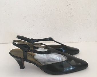 4ccdc744e6d Vintage 60s T Strap Mary Janes DEADSTOCK Faux Black Patent Kitten Heels  Slingback Heels New Old Stock Life Stride Size 7 1 2