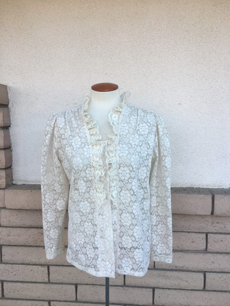 e2de9bd935d6e 70s White Lace Blouse Ruffled Sheer Puff Sleeve Shirt Top Medium
