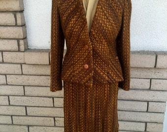 60s Vogue Boucle Skirt Suit . Vogue Couturier Design #1674 Michael of London Size Small