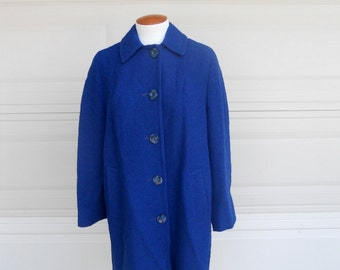 Vintage 60s Blue Boucle Coat . Water Repellent Weatherbee Coat . Large