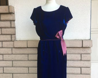 Vintage 60s Velvet Party Dress, Navy Blue High Waist Dress, Sheath Dress w/Mauve Bow Size M-L